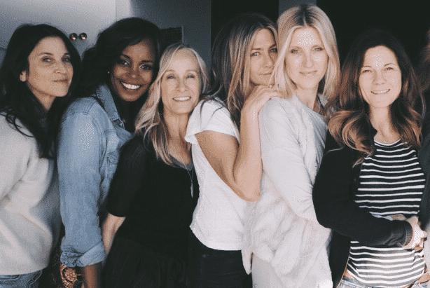 "Nyakio Grieco, Jennifer Aniston Andrea Bendenwald ""largura ="" 614 ""altura ="" 411"