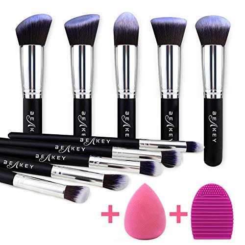 BEAKEY Makeup Brush Set, Premium Sintético Kabuki Foundation em pó Blush Eyeshadow Brushes Maquiagem Brush Kit com Liquidificador Esponja e escova Cleaner (10 + 2pcs, Black / Silver)
