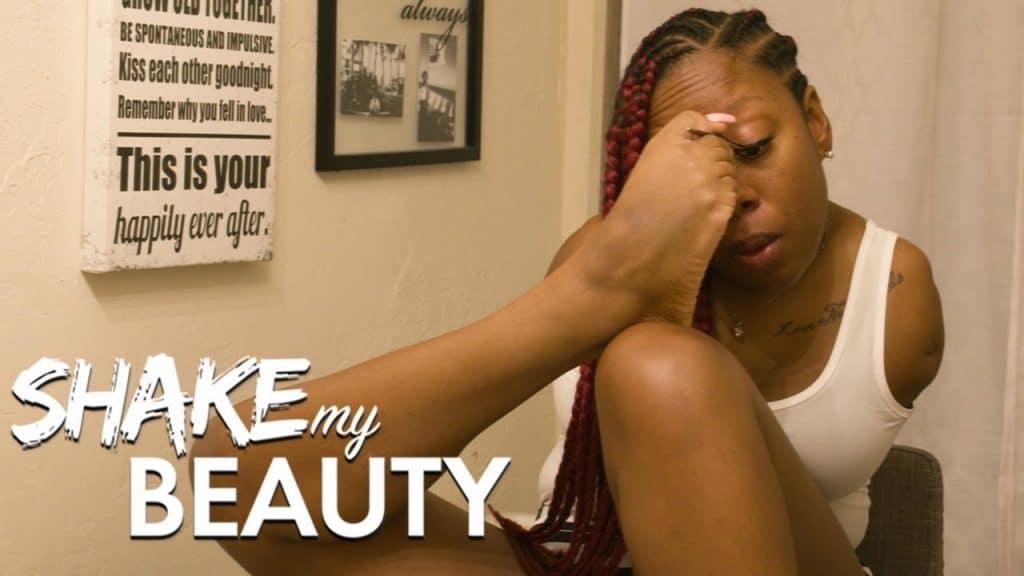 Fazendo minha maquiagem sem braços | AGITAR MINHA BELEZA