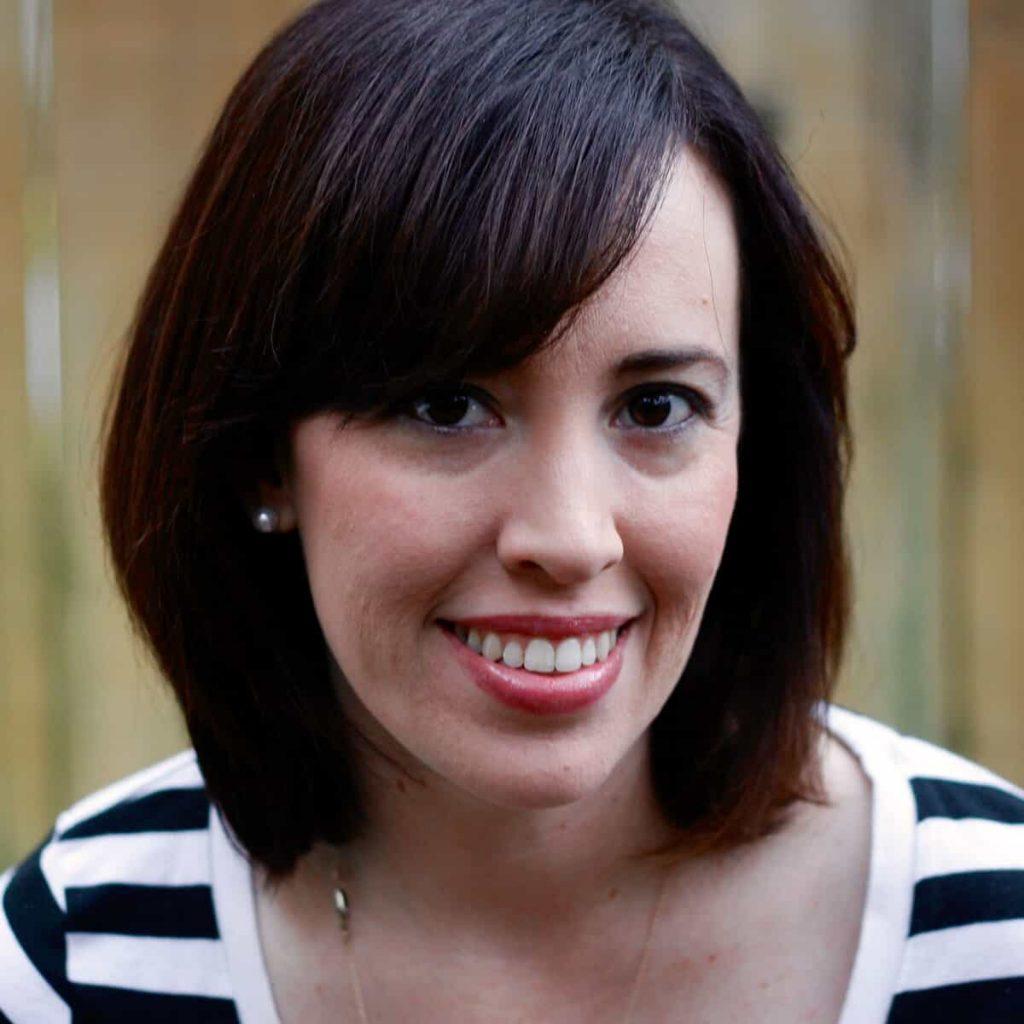 Author Jennifer Torres headshot