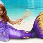 Sofia Fingir princesa e brincar com bonecas, maquiagem para princesinha