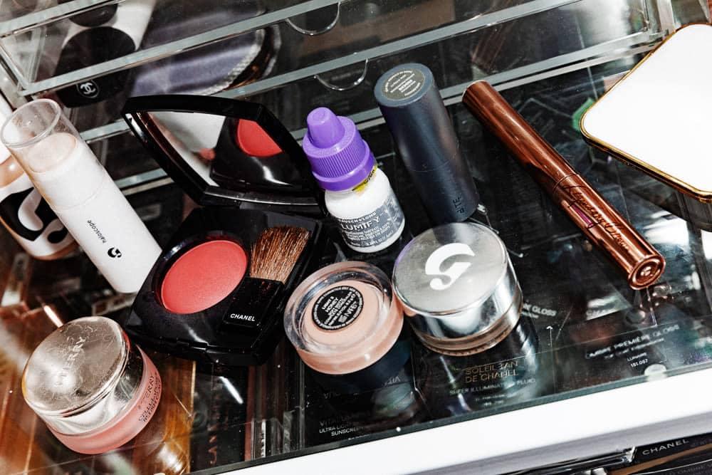 A rotina de maquiagem Just-For-Me |  Into The Gloss